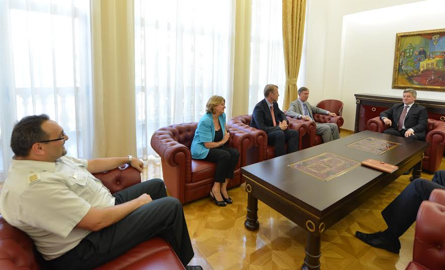 Western European ambassadors hold intensive talks about the latest developments in FYROM