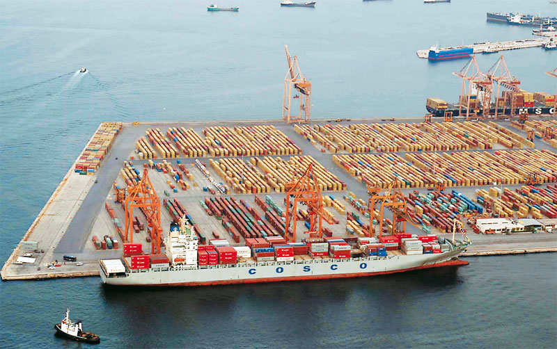 Green light from the EU for COSCO's investment in the port of Piraeus