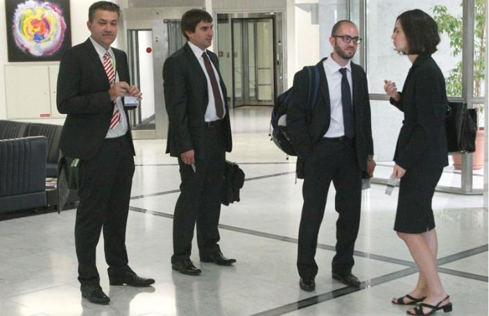 Troika's Monday agenda includes reforms and development