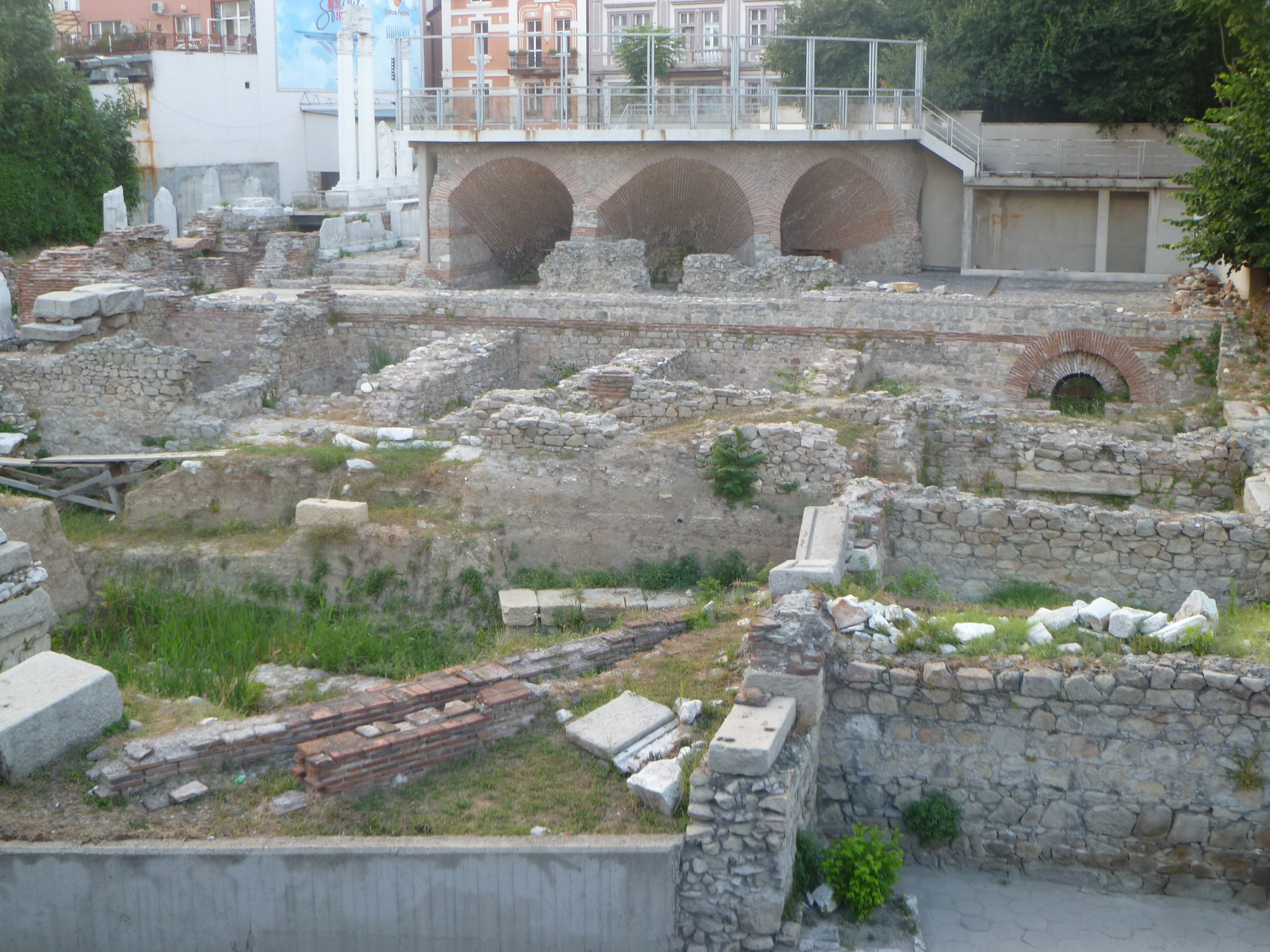 Bulgaria ups funding for archaeology in 2014 amid criticism over scant cash