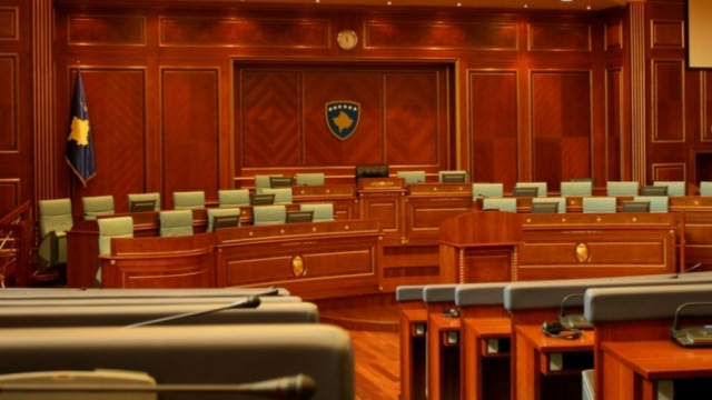 New parliament of Kosovo surrounded by many unknowns