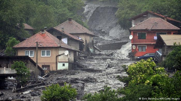 Serbia receives 995 million Euros to cope floods damage