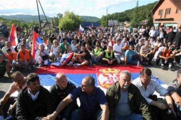 Kosovars protest against police violence against Albanians in Skopje