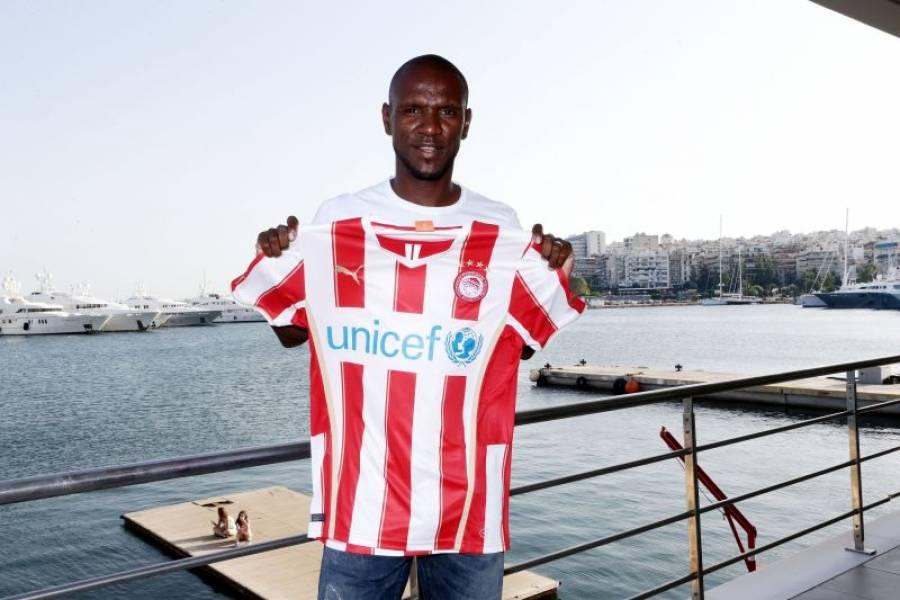 Olympiakos signs Eric Abidal