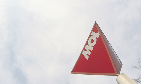 All shareholders except MOL can sell INA shares