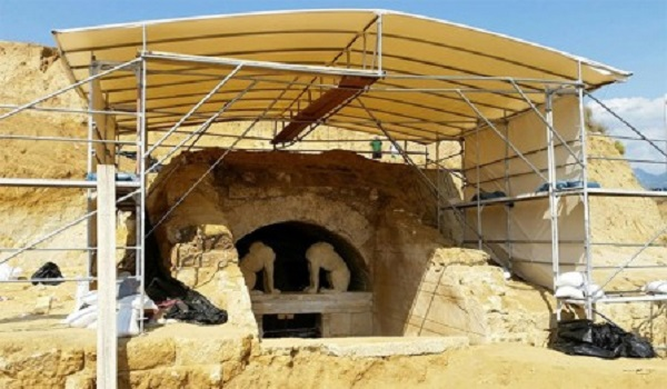 Amphipolis: Impressive new findings from the interior of the tomb