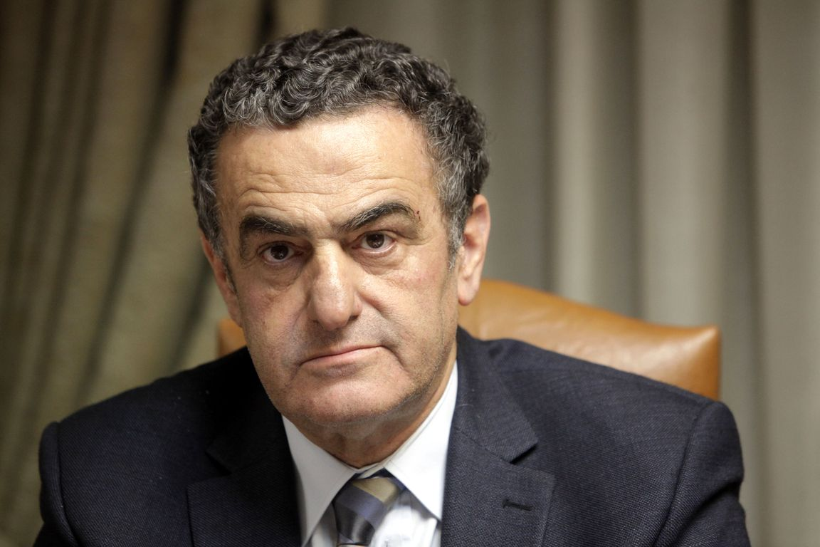 Election of the President by the people and the repeal of immunity, suggests Athanasiou
