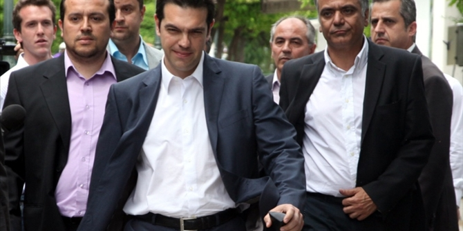 Economy at the forefront of SYRIZA meeting with Union of Hellenic Chambers