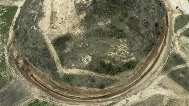 Global interest for the tomb in Amphipolis