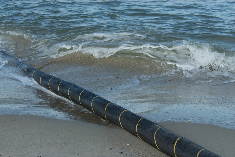 Lack of agreement with Croatia, forces submarine power cable through a more expensive route