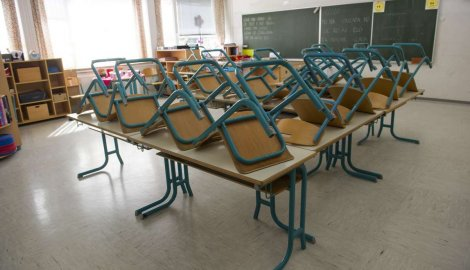 Negotiations failed, no money for higher teachers' salaries