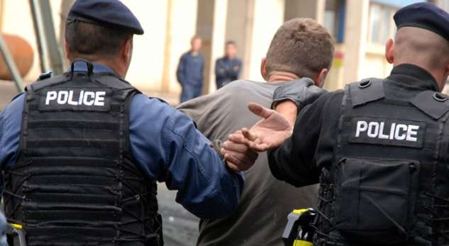 Kosovo police arrest 40 people for their involvement in Syria and Iraq
