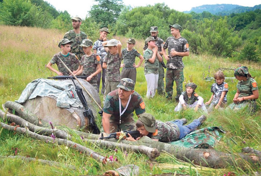 Serbian zealots camp under police scrutiny