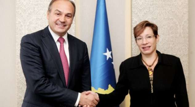 Ambassador Jacobson promises support for Kosovo