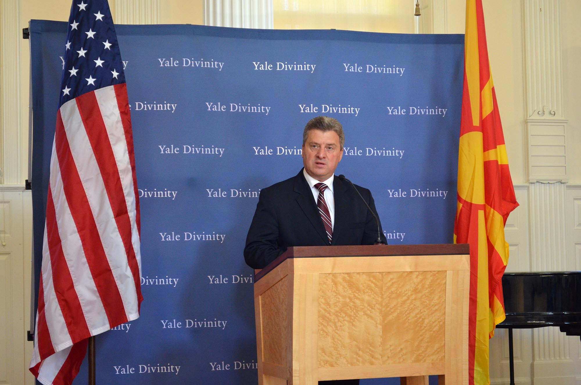 Greece has political elites from the Cold War, says Ivanov