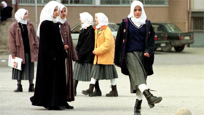 Turkey: Islamic headscarf has been allowed in middle school education