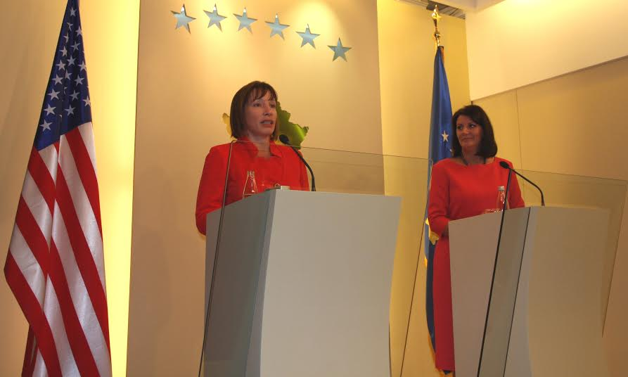 Jacobson and Jahjaga congratulate police of Kosovo for the arrest of the imams