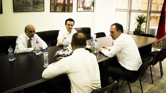 Opposition bloc reaches an agreement with Self Determination, PDK alone