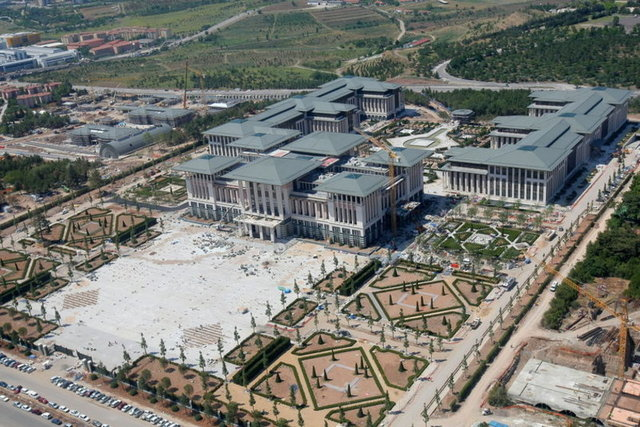 New presidential mansion and new luxurious aircraft for Erdogan, immediately after taking office