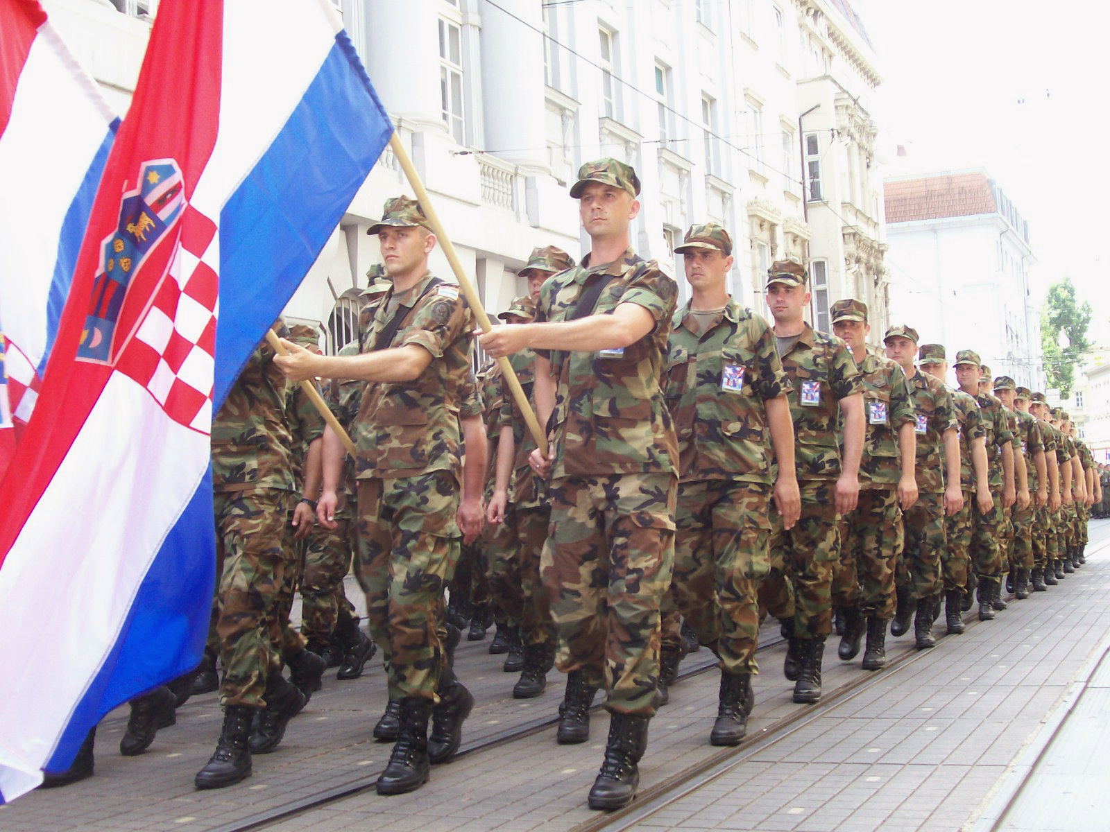 Josipovic claims Croatia is not introducing reserve forces beacuse of Ukraine