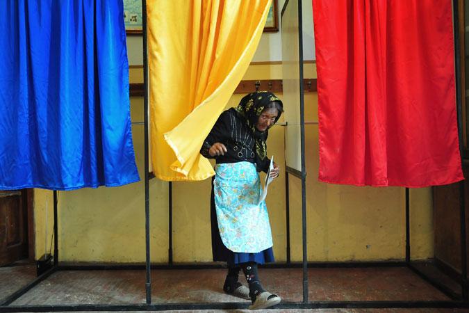 Romania eyes compulsory voting