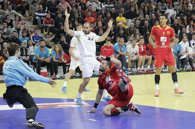 """FYROM's handball players make a successful start for the """"Poland 2016"""" qualifications"""