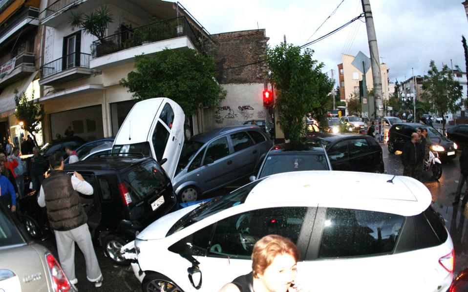 Storm devastates Athens
