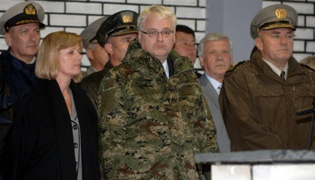President Josipovic ready to act as a middleman between the protesters and the Ministry of Veterans