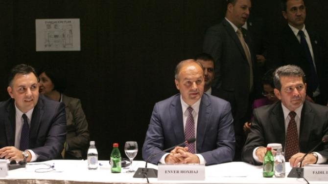 Kosovo and Serbia must sign a peace agreement, says Kosovo's Foreign Minister