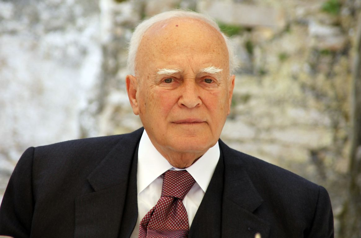 Papoulias: Turkish violations in Cyprus EEZ are illegal and provocative