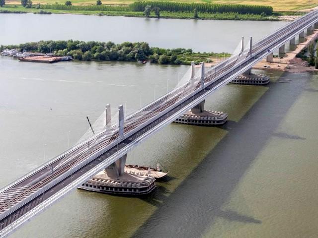 Bulgaria, Romania to sign memorandum on two new bridges across the Danube