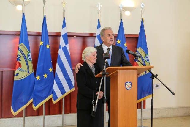 """Tirana sends a note of protest to Athens: """"Papulias must urgently remove the term 'Himara of Vorio Epirus'"""""""