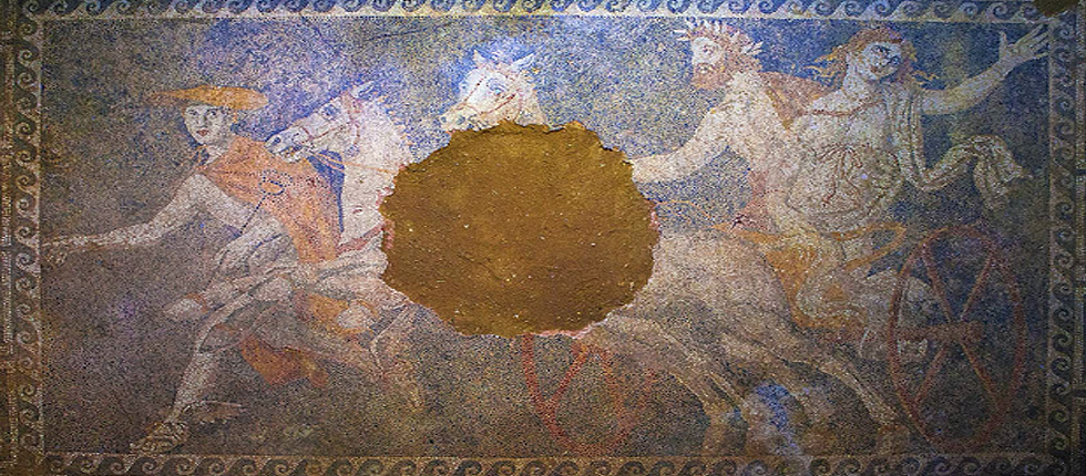 Beauty of mosaic in the Tomb of Amphipolis causes world admiration