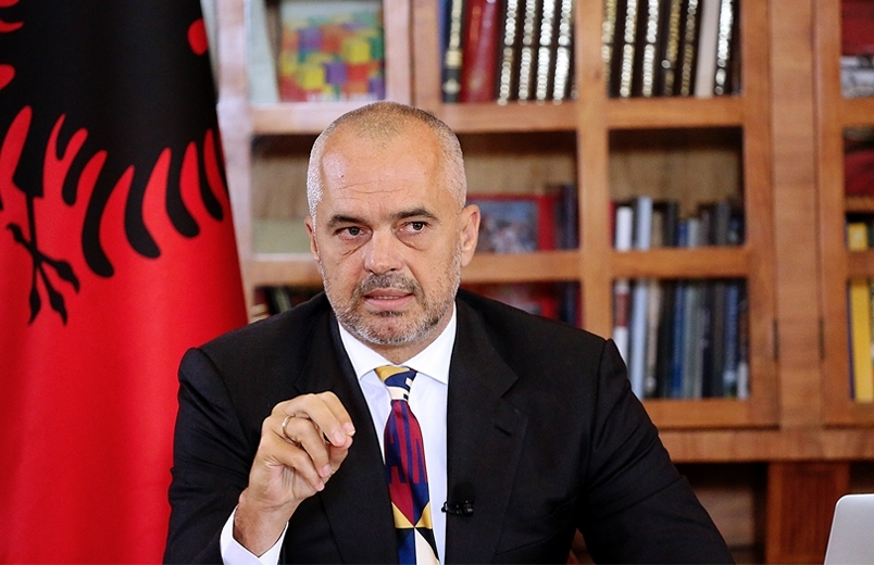 Albanian PM deplores the country's education system