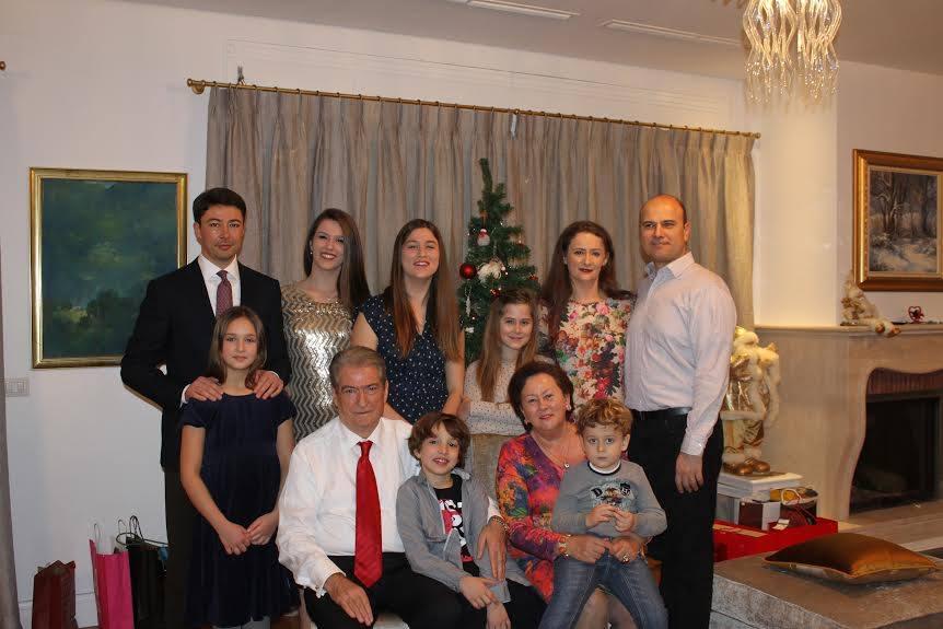Family of former premier Berisha given way to enter politics