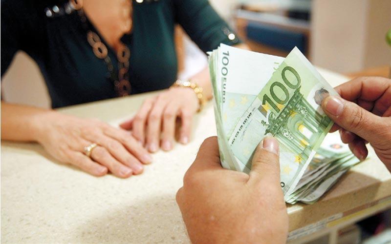 Deposits in Greek banks have increased