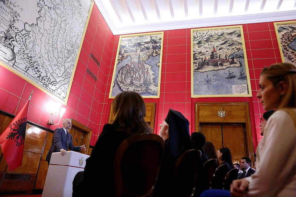Albanian government asks the Christian community to participate in the commencement of works for the new mosque of Tirana