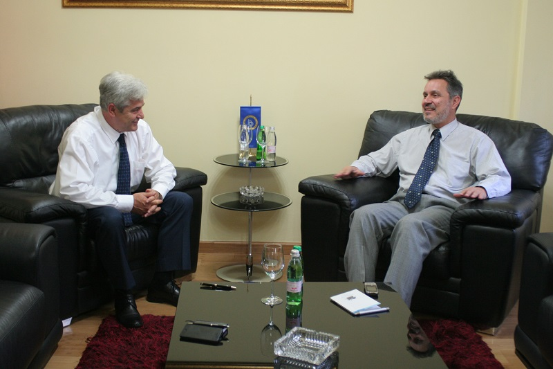 Ahmeti and Lalakos in favor of a compromise on the name dispute issue