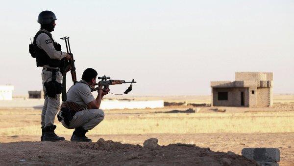 The jihadists' flag is waving on the outskirts of Kompani