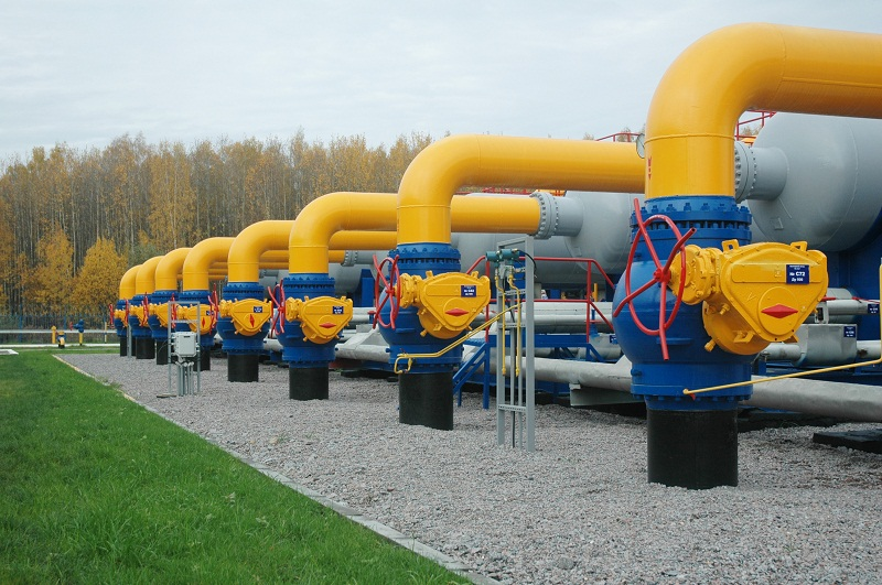 Russia cuts gas supplies to Romania while investigation hits Lukoil subsidiary
