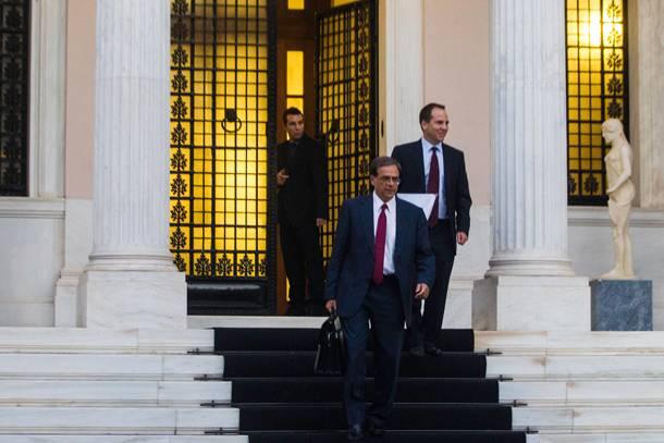 Troika corners Greece's coalition government