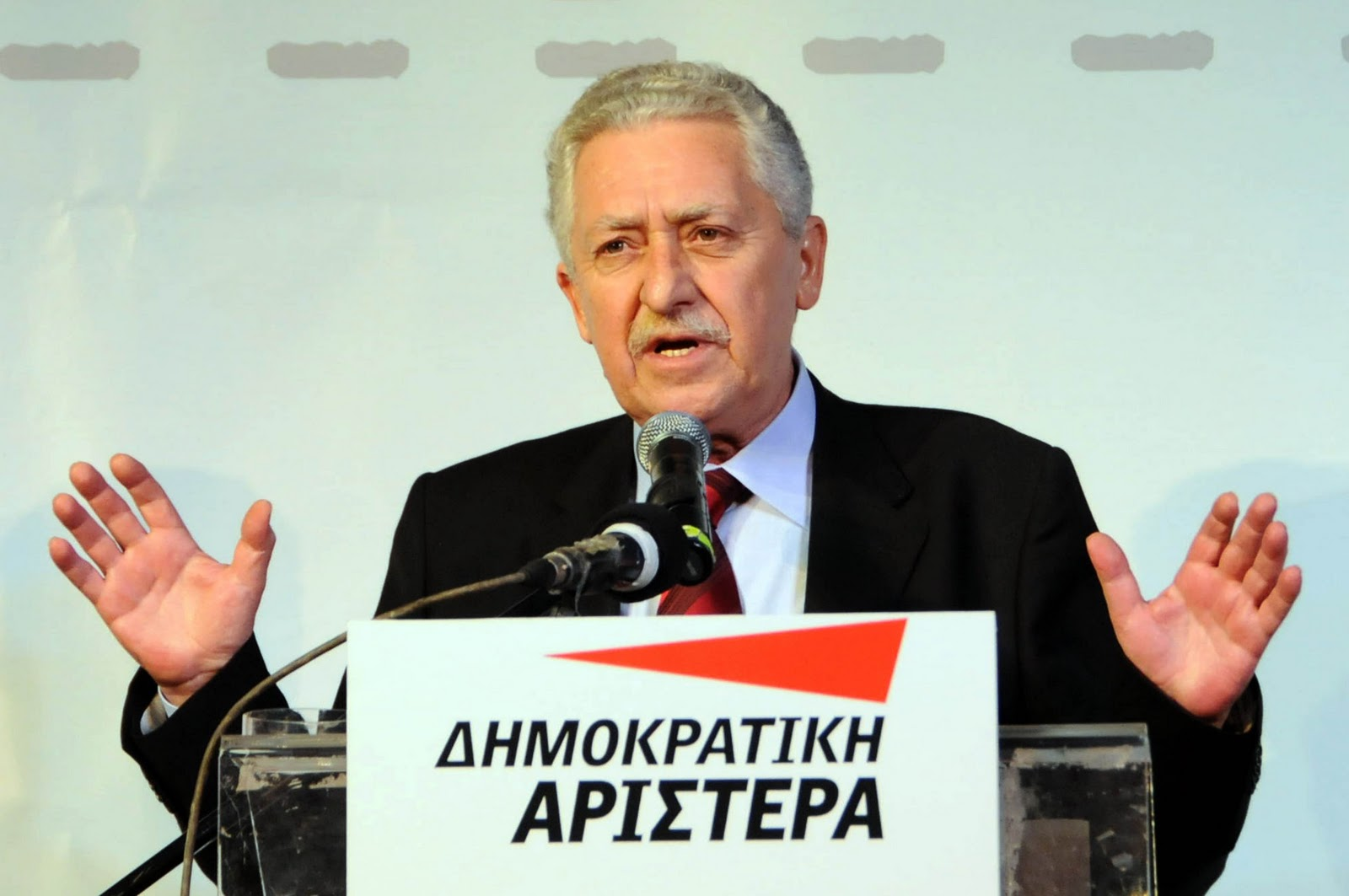Kouvelis: The extension of the Memorandum will mean the continuation of the recession