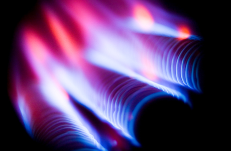 European Commission OKs Romania's plans to postpone hike in gas prices