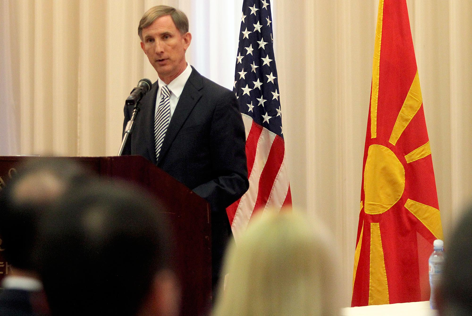 Divisions between Macedonians and Albanians are increasing, says US ambassador
