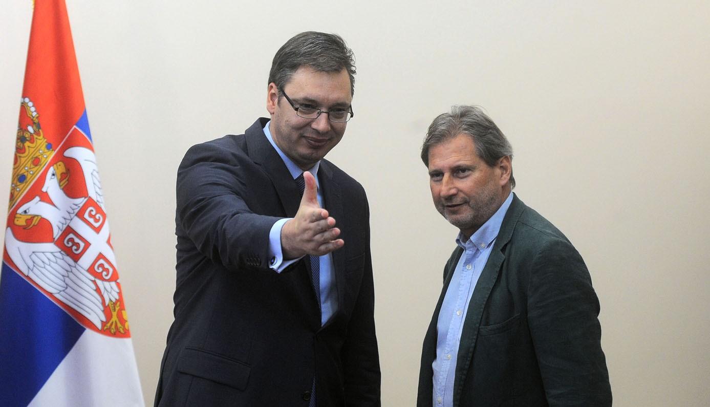 HAHN: Vucic crystal clear, Serbia heads to EU
