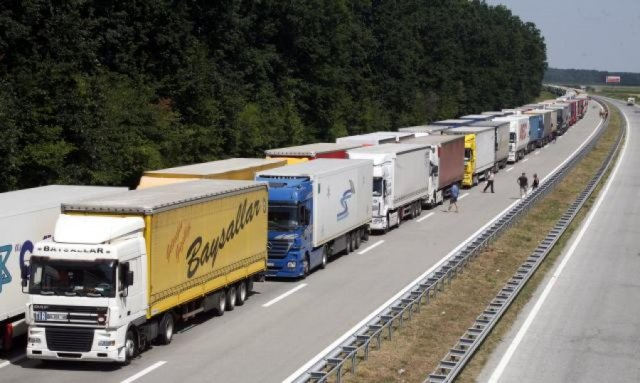 Macedonian companies suspected of re-exporting goods to Russia
