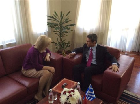 Greece and Albania to cooperate in writing books for the education of children of ethnic Greek minority in the country