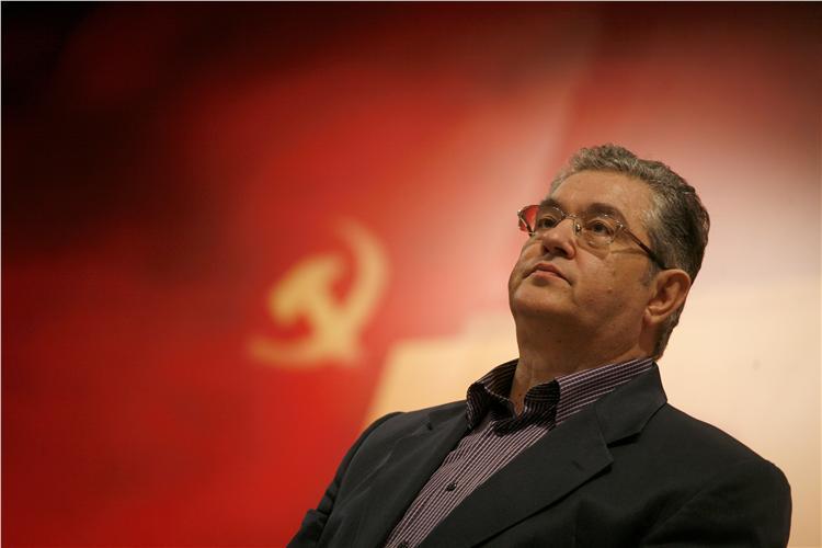 Koutsoubas: No to a collaboration KKE-SYRIZA