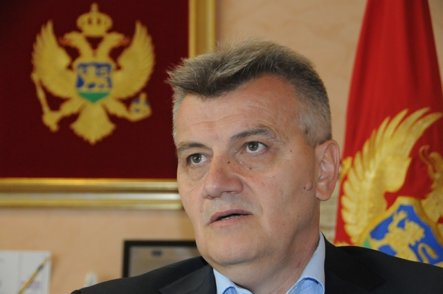 Montenegrin Health Minister submits resignation after death of infant in a maternity clinic
