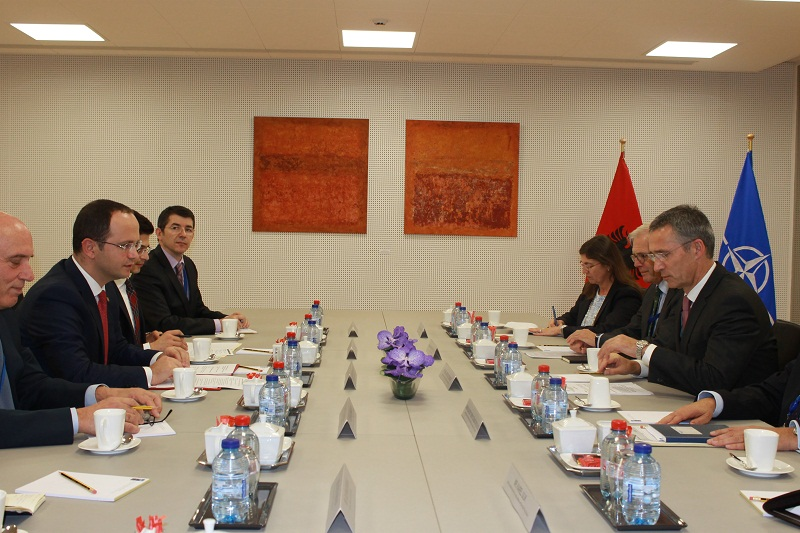 """Albanian Foreign Minister talks with the head of NATO about """"threats and new challenges of the Euro Atlantic security"""""""